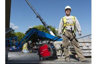 Groupe electrogène HONDA EU30i 230V - 3000VA / 50 Hz Magnesium ultra-portable sur les chantiers